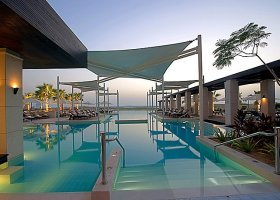 abu-dhabi-hotel-crowne-plaza-abu-dhabi-017.jpeg