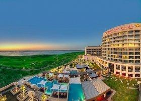 abu-dhabi-hotel-crowne-plaza-abu-dhabi-029.jpeg