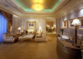 abu-dhabi-hotel-emirates-palace-002.jpg