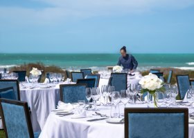 abu-dhabi-hotel-jumeirah-at-saadiyat-island-resort-011.jpg