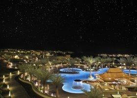 abu-dhabi-hotel-qasr-al-sarab-desert-resort-003.jpg