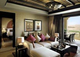 abu-dhabi-hotel-qasr-al-sarab-desert-resort-005.jpg