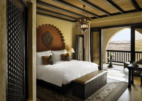 abu-dhabi-hotel-qasr-al-sarab-desert-resort-008.jpg