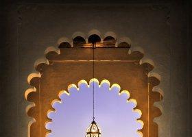 abu-dhabi-hotel-qasr-al-sarab-desert-resort-014.jpg