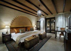 abu-dhabi-hotel-qasr-al-sarab-desert-resort-020.jpg