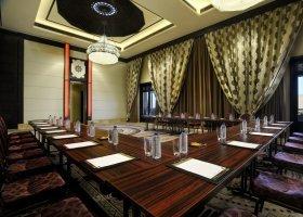 abu-dhabi-hotel-qasr-al-sarab-desert-resort-024.jpg