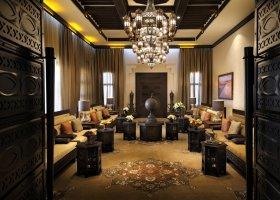 abu-dhabi-hotel-qasr-al-sarab-desert-resort-025.jpg