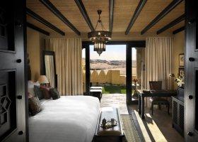 abu-dhabi-hotel-qasr-al-sarab-desert-resort-027.jpg
