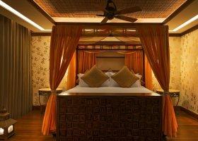 abu-dhabi-hotel-the-st-regis-saadiyat-island-resort-040.jpg