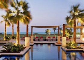 abu-dhabi-hotel-the-st-regis-saadiyat-island-resort-054.jpg