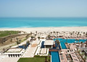 abu-dhabi-hotel-the-st-regis-saadiyat-island-resort-065.jpg