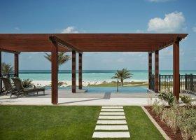 abu-dhabi-hotel-the-st-regis-saadiyat-island-resort-074.jpg