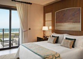 abu-dhabi-hotel-the-st-regis-saadiyat-island-resort-076.jpg