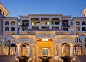 abu-dhabi-hotel-the-st-regis-saadiyat-island-resort-077.jpg
