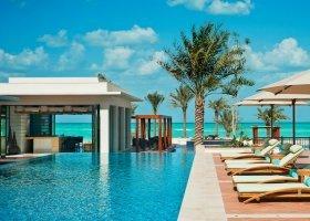 abu-dhabi-hotel-the-st-regis-saadiyat-island-resort-099.jpg