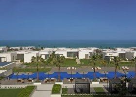 ajman-hotel-the-oberoi-al-zorah-035.jpg