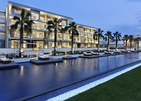 ajman-hotel-the-oberoi-al-zorah-039.jpg
