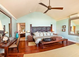 bahamy-hotel-coral-sands-hotel-013.jpg
