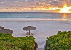 bahamy-hotel-coral-sands-hotel-018.jpg