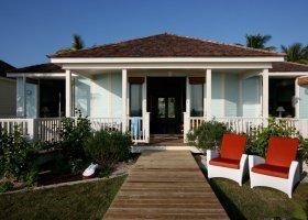 bahamy-hotel-coral-sands-hotel-023.jpg