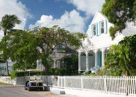bahamy-hotel-pink-sands-resort-004.jpg