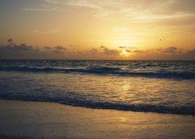 bahamy-hotel-pink-sands-resort-022.jpg