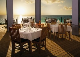 bahamy-hotel-pink-sands-resort-023.jpg
