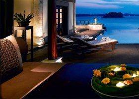 bali-hotel-banyan-tree-bintan-003.jpg