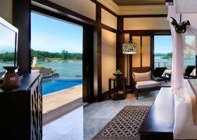 bali-hotel-banyan-tree-bintan-014.jpg