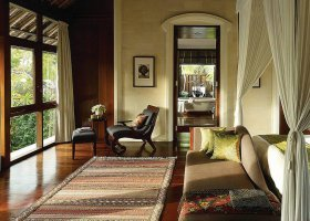 bali-hotel-four-seasons-jimbaran-001.jpg