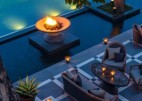 bali-hotel-four-seasons-jimbaran-004.jpg