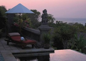 bali-hotel-four-seasons-jimbaran-008.jpg