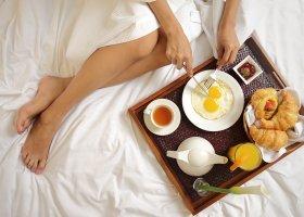 bali-hotel-griya-santrian-020.jpg