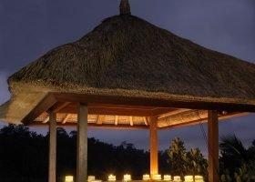 bali-hotel-hanging-gardens-of-bali-035.jpg