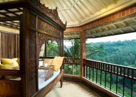 bali-hotel-kupu-kupu-barong-villas-and-tree-spa-005.jpg