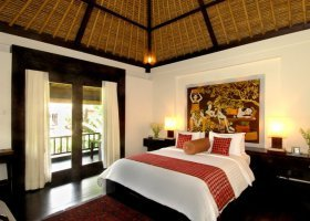 bali-hotel-kupu-kupu-barong-villas-and-tree-spa-007.jpg