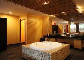 bali-hotel-kupu-kupu-jimbaran-017.jpg
