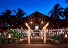 bali-hotel-sheraton-senggigi-beach-resort-030.jpg