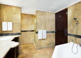 bali-hotel-sheraton-senggigi-beach-resort-048.jpg