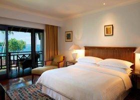 bali-hotel-sheraton-senggigi-beach-resort-049.jpg