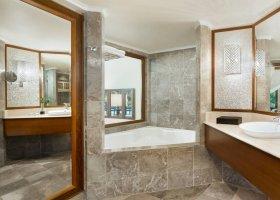 bali-hotel-the-laguna-resort-spa-179.jpg