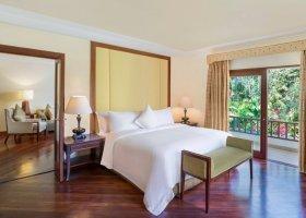 bali-hotel-the-laguna-resort-spa-180.jpg