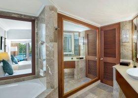 bali-hotel-the-laguna-resort-spa-184.jpg