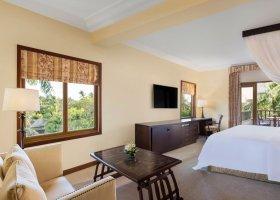 bali-hotel-the-laguna-resort-spa-216.jpg