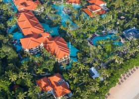 bali-hotel-the-laguna-resort-spa-221.jpg