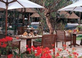 bali-hotel-the-oberoi-lombok-050.jpg