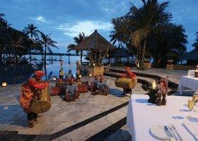 bali-hotel-the-oberoi-lombok-056.jpg