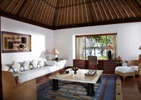 bali-hotel-the-oberoi-lombok-065.jpg