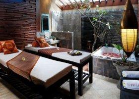 bali-hotel-vila-ombak-lombok-001.jpg