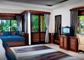 bali-hotel-vila-ombak-lombok-007.jpg